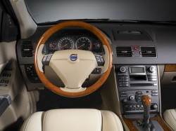 2008VolvoXC90_interior