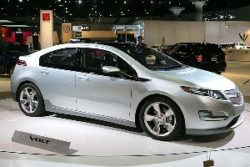 Chevy Volt Buyers Can Get Free Charging Units
