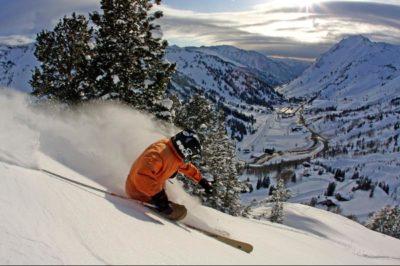 ski free with alaska airlines