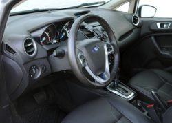 2014 Ford Fiesta interior_600p
