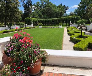 best hotel gardens in USA